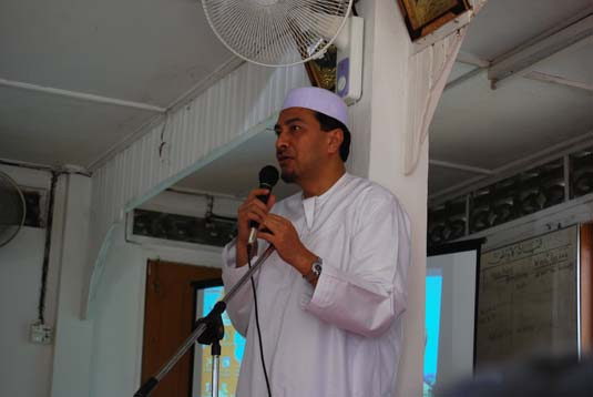 ramadan-charity0030badang.jpg