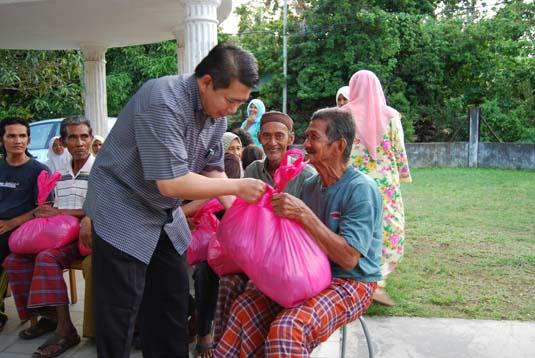 ramadhan-charity0022demit.jpg