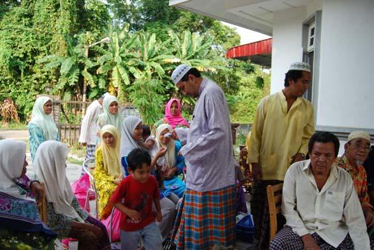 ramadan-charity00336-oct-2007.jpg