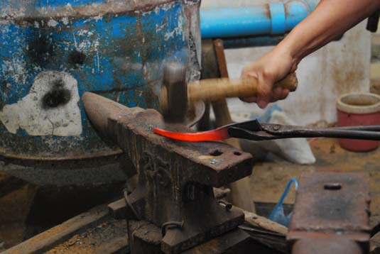 keris-making.jpg
