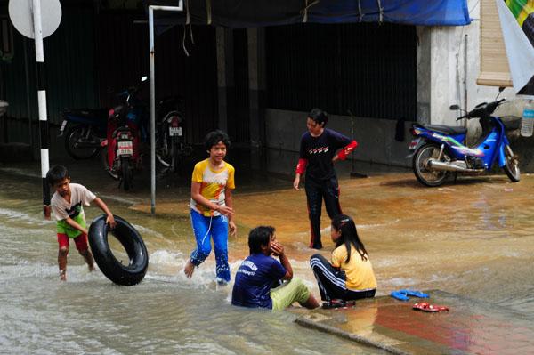 rpanjang0048banjir2008